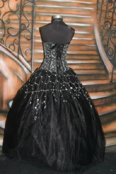 gothic style wedding gowns