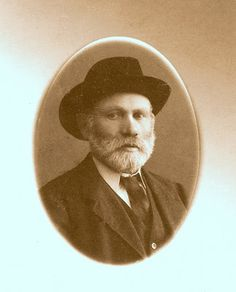Mystery Monday: He's My Great-Grandpa! #genealogy #familyhistory