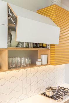 Kitchen design: A little bit of sunshine - Completehome Kitchen Decor Themes, Home Decor Kitchen, New Kitchen, Home Kitchens, Kitchen Dining, Kitchen Modular, Kitchen Units, Interior Design Boards, Interior Design Kitchen
