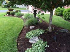 Garden On A Hill, Lush Garden, Shade Garden, Garden Paths, Farm Landscaping, House Landscape, Forest Landscape, Diy Exterior, Front Yard Plants