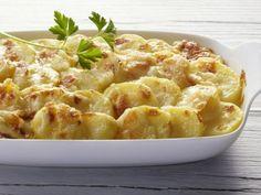 Kartoffeln: Deutschlands Gemüse Nr.1! Wir lieben einfach die leckeren Kartoffelauflauf-Rezepte, die sich zaubern lassen.