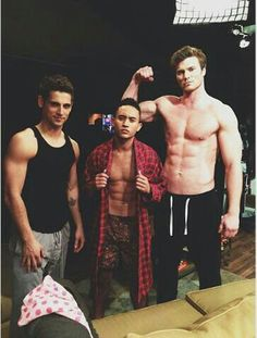 Derek Theler, Jean Luc-Bilodeau and Tahj Mowry Behind the scenes Baby Daddy