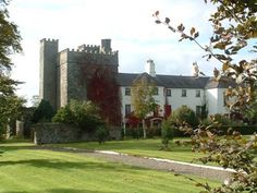 Barberstown Castle Straffan Built in the 13th century, this elegant 4-star castle boasts individually decorated rooms and 20 acres of beautiful gardens. The restaurant offers award-winning fine dining, and Dublin's centre and Airport are both 30 minutes' drive away.