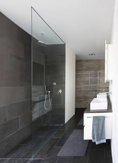 Contemporary Family Home Design Set in Neat Arrangement: Modern Bathroom Interior Design Ideas Applied In House THE Design Equipped Wit Glas. Slate Bathroom, Bathroom Renos, Bathroom Interior, Modern Bathroom, Master Bathroom, Shower Bathroom, Modern Shower, Shower Door, Bathroom Layout