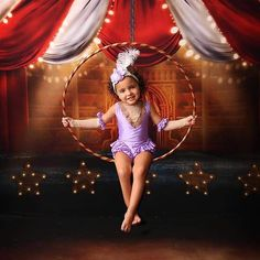 Circus Halloween Costumes, Circus Costume, Cute Costumes, Couple Halloween, Girl Costumes, Carnival Costumes, Carnival Birthday Parties, Circus Birthday, Circus Party
