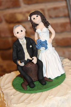 Bride and Groom Wedding Cake topper by lynnslittlecreations on Etsy