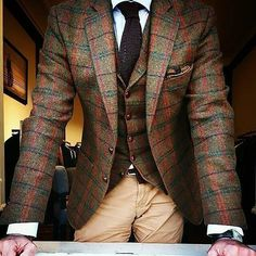 Where Can I Find this Blazer/Waistcoat? Mens Fashion Blazer, Suit Fashion, Fashion Boots, Fashion Dresses, Sharp Dressed Man, Well Dressed Men, Style Costume Homme, Formal Tops, Men Formal