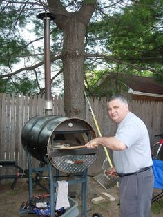 My home made portable oven!!!! Builded with a 55 gallon steal drum. it took me a wile to fine tune the Cooking of the pizza. I added 2 side louvers to make t...