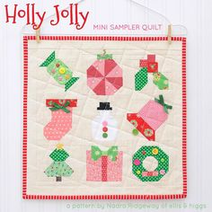 it's christmas pattern release day! i'm so excited to finally show you my #hollyjollyminisampler quilt - head over to my blog at www.ellisandhiggs.com for all the details and lots of pretty pictures!! tomorrow i'll show you my #underthetreepillow, that comes in two sizes! find both new patterns in my etsy shop by following the link in my profile! * ich freue mich dir heute endlich meine weihnachts-anleitungen zu präsentieren! alle infos und viele schöne bilder vom #hollyjollyminisampler…