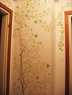 painted ivy on wall