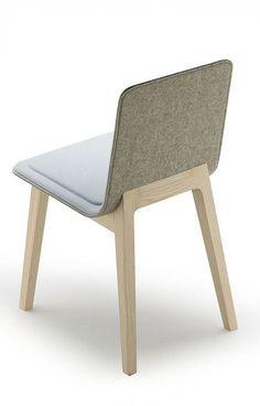 Mobiliario en grises y madera