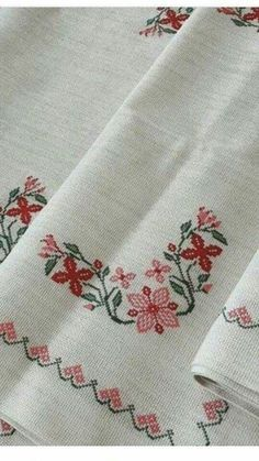 Small Cross Stitch, Cross Stitch Tree, Cross Stitch Charts, Cross Stitch Designs, Crewel Embroidery, Cross Stitch Embroidery, Beautiful Rose Flowers, Drawing Lessons, Diy Home Crafts
