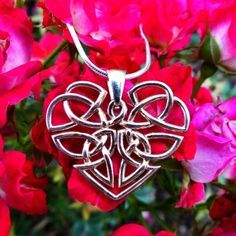 celtic love knot rose gold stone necklace - Google'da Ara