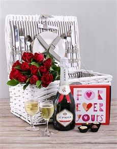 gifts: Basket of Love! Crank up the romance with this romantic gift for her. This is the perfect gourmet gift for a date. The willow basket is packed with red roses, bubbly, chocolate and more! Talk about a great romantic date idea. Romantic Date Night Ideas, Romantic Gifts For Her, Romantic Dates, Indoor Picnic Date, Great Date Ideas, Same Day Delivery Service, Romantic Picnics, Gourmet Gifts, Gift Baskets