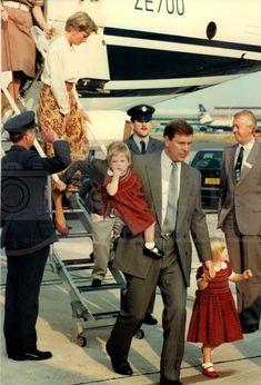 Princess Diana Rare, Princess Diana Photos, Princes Diana, Princess Eugenie, Royal Princess, Prince And Princess, Princess Of Wales, Duchess Of York, Duchess Kate
