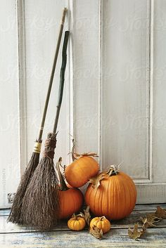 Brooms and pumpkins in front of door by Sandra Cunningham - Halloween, Pumpkin - Stocksy United Farmhouse Halloween, Halloween Home Decor, Halloween House, Fall Home Decor, Autumn Home, Holidays Halloween, Halloween Crafts, Halloween Decorations, Halloween Pics