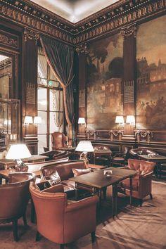 Bar 228 at Le Meurice Hotel Lobby Interior Design, Bar Interior, Lounge Design, Bar Lounge, Le Meurice, Art Deco Bar, Classic Bar, Paris Hotels, Beautiful Hotels