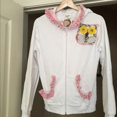 Vintage Evy's Tree Hoot Hoodie NWT Super soft hoodie - runs a size small Evy's Tree Jackets & Coats