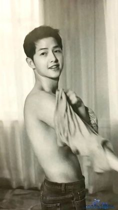 Imagine boy, kdrama, and song joong ki Park Hae Jin, Park Seo Joon, Song Joong, Song Hye Kyo, Descendants, Soon Joong Ki, Park Bogum, Handsome Korean Actors, A Werewolf Boy