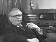 Josef Lada na snímku z roku 1947.