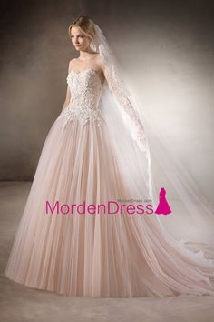2017 Sweetheart Tulle With Applique Wedding Dresses A Line Court Train