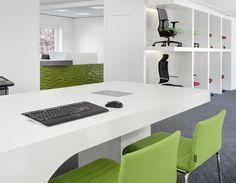Besprechungstisch, Hocker, grün, Theke, Eingangsbereich, Empfangsbereich, Ausstellung, Bürostühle