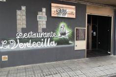 Entrada al restaurante (2)