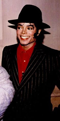 A George Vreeland Hill post. Invincible Michael Jackson, Michael Jackson Bad Era, Janet Jackson, You Give Me Butterflies, Jackson Music, Make Smile, King Of Music, Jackson Family, The Jacksons