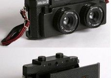 Holga 120-3D Stereo Camera Lets You Shoot Your Own Viewmaster 3D Content.