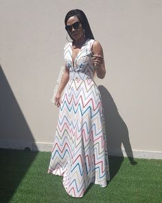 Amazing African Woman Dresses Styles This Season - Pretty 4 Amazing African Woman Dresses Styles This Season - Pretty 4 Shweshwe Dresses, African Maxi Dresses, African Dresses For Women, African Attire, African Wear, African Women, Moda Afro, Style Africain, Africa Dress