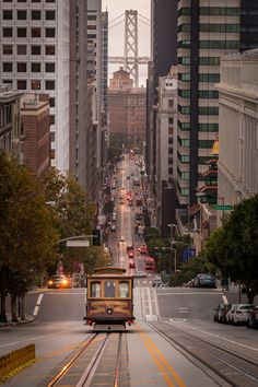 San Francisco by Sunny Herzinger City Aesthetic, Travel Aesthetic, City Photography, Nature Photography, San Francisco Sites, San Francisco Photography, New York Pictures, San Fransisco, Cool Landscapes