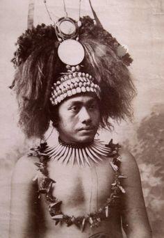 Samoa | Chief wearing an elaborate headdress. ca. 1905 | ©Charles Kerry Co