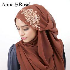Coming soon, new design of beaded shawl ❤️ #sofea #annaandrose #signatureshawl Anna Rose, Hijab Styles, Beautiful Hijab, Pashmina Scarf, Niqab, Muslim Women, Neck Scarves, Neck Warmer, Scarfs