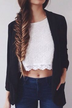 Fall style mixed with coachella style. Fishtail Braid. Short white top, jeans and black blazer. Teens fashion trends.