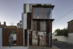 An Old Tin Shed is Transformed into a Cozy Modern Studio | Junkculture
