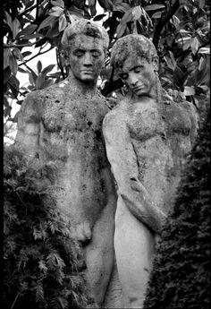 """loverofbeauty: """" Paul Marguerite: Le couple du cimetière (PaulMarguerite on Flickr) """""""