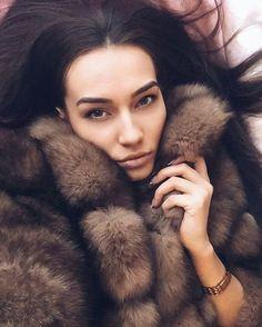 #fur #furcoat #coat #style #fashion #lookbook #beautiful #girl #musthave #futro #pelz #pellicce #мех #шуба #шубы #москва #follow #like #americangirl #polishgirl #czechgirl #amazing #selfie #blonde #beautifulgirl #russiangirl #brunette #winter #buy #ukrainegirl