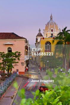 Stock-Foto : Colombia, Bolivar, Cartagena De Indias, Plaza Santa Teresa, View towards Naval Museum, and San Pedro Claver Church