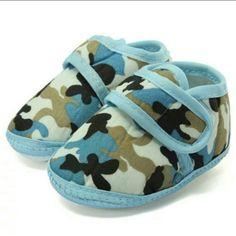 "Brand  Super Cute Blue Camo Soft Sole Shoes❕ ▪ Brand  Super Cute Blue Camo Soft Sole Baby Blue Camo Soft Sole Baby Crib Shoes!  Size: 12 = 6-12 Months❗  Outer Sole Size: 12cm/4.72""  Material: Cotton Blend & Canvas!       Fastening Type: Velcro Unknown Shoes"