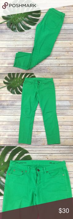 J.Crew bright green toothpick skinny ankle jeans J.Crew bright green toothpick skinny ankle jeans, size 30. They are free from any rips or stains. They measure about 33 inches around the waist and the inseam is about 28 inches. The rise is about 8 inches. J. Crew Jeans Skinny