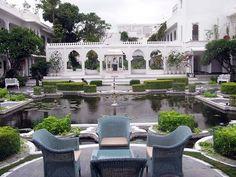 Category:Lake Palace (Udaipur)