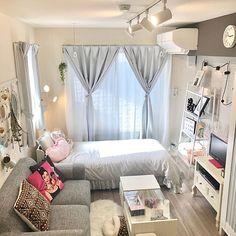 Bedroom Decor For Small Rooms, Room Design Bedroom, Home Room Design, Home Decor Bedroom, Bedroom With Couch, Japan Room, Deco Studio, Sheila E, Studio Apartment Decorating
