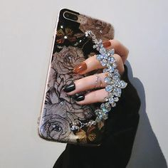 Luxury Fashion Bling Glitter design, make your phone looks elegant. Luxury Bling Glitter Diamond Chain Soft TPU Case for iPhone. Luxury Phone Case Tempered Glass Back Cover For iPhone XR XS Max X 7 8 Plus Diamond Glitter, Diamond Flower, Silver Diamonds, Crystal Diamond, Glitter Hearts, Glitter Phone Cases, Cute Phone Cases, Iphone Cases, Iphone 5s