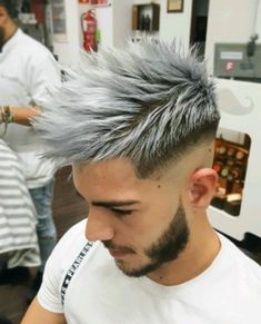 34 Men Grooming Mens hair colour, Hair styles hair color ideas for white hair - Hair Color Ideas Mens Hair Colour, Hair Color Dark, Cool Hair Color, Gray Color, Men Hair Color Highlights, Silver Highlights, Guys Hair Color, Hair Color Silver Grey, Blonde Color