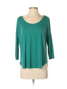 thredUP is the world's largest online thrift store where you can buy and sell high-quality secondhand clothes. Find your favorite brands at up to off. Online Thrift Store, Second Hand Clothes, Thrifting, American Eagle Outfitters, Teal, Tunic Tops, Stuff To Buy, Blouses, Women