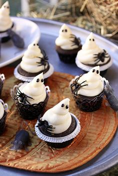 White Chocolate Ghost Cupcakes