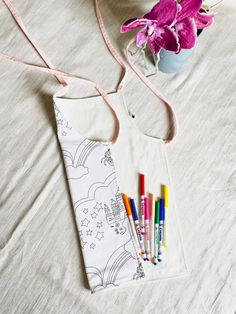 Colour in princesses apron , unicorn apron , Create your own , Colouring for kids , Colour your own , Colour me apron , DIY gift for kids Diy Gifts For Kids, Crafts For Girls, Christmas Gifts For Kids, Diy For Girls, Christmas Diy, Coloring For Kids, Colouring, Apron Diy, Princess Aprons