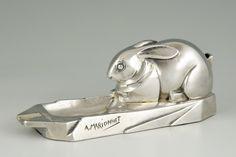 Art Deco ashtray rabbit. | TrendFirst European Furniture, Mid Century Furniture, Art Nouveau, Art Deco, Vintage Ashtray, Cubism, Modernism, Smoking, Architecture Design