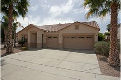 ½ off first full month's rent on new lease of at least 1 year! Mesa, Arizona #Rent #Arizona
