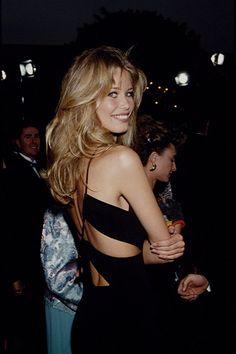 Claudia Schiffer Love the hair Look 80s, Look Retro, Look Vintage, Christy Turlington, Claudia Schiffer, Oscar Fashion, 90s Fashion, Fashion Beauty, Couture Fashion